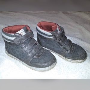 Other - Gently Pre-loved Boys High Top Sneakers Size 11